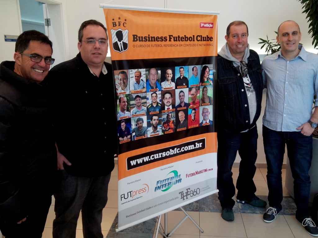 Final de aula sobre futebol e mídia com Edu Affonso e os convidados Fernando Fernandes (Band), Rodrigo Vessoni (Lance) e Gustavo Zupak (Globo)