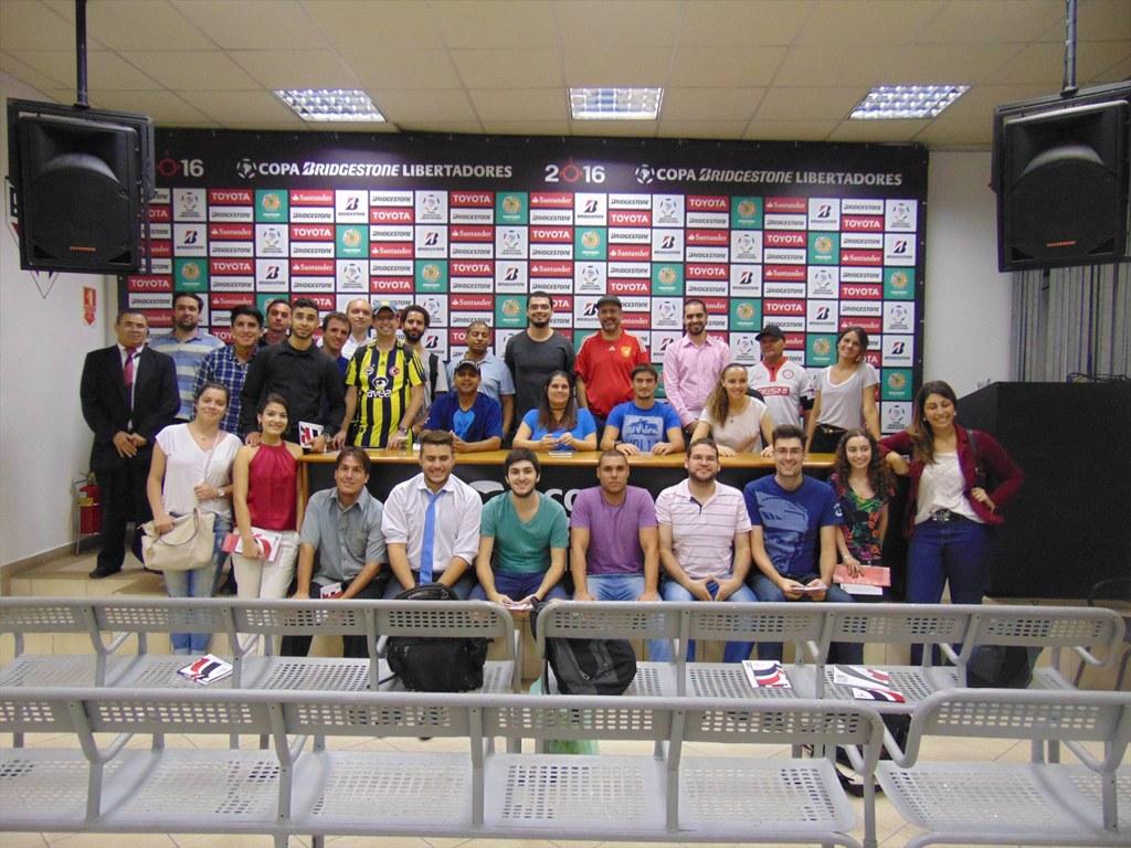 Aula-experiência no São Paulo Futebol Clube. Na foto, sala de imprensa