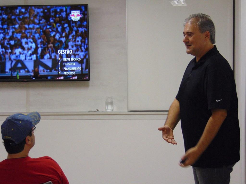 Rodolfo Kussarev, Presidente do Red Bull Brasil, em aula de gestão de clube empresa